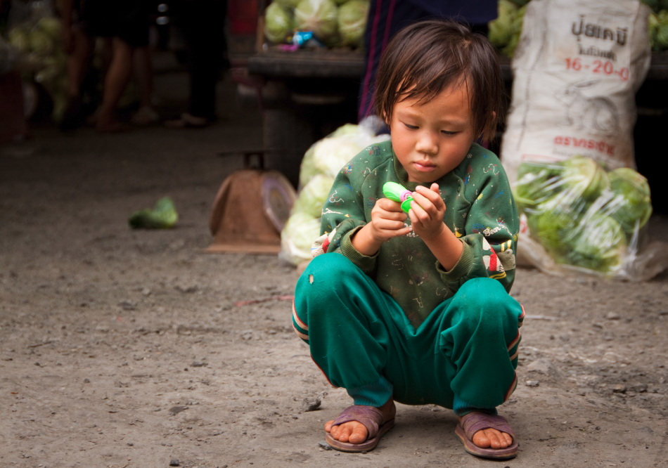 Market Child - Thailand