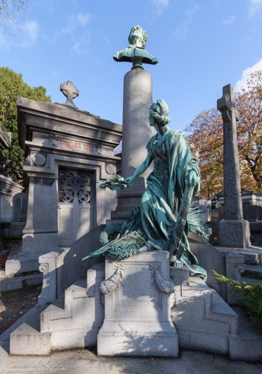 Grave of Charles Floquet, 55th Prime Minister of France in pere lachaise in paris.