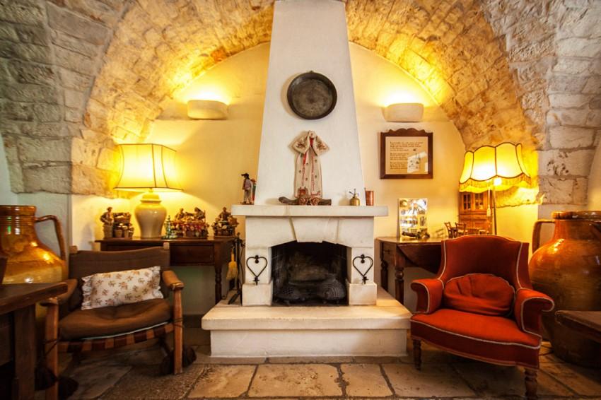 Il Frantoio Masseria's Fireplace